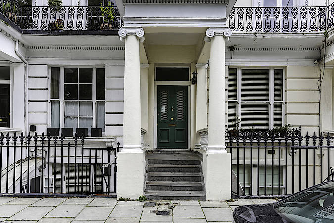 A Home to Rent: The Notting Hill Apartment